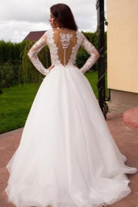 Boho Princess A-Line V-Neck Tulle White Long Sleeves Wedding Gowns